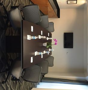 Rose Boardroom