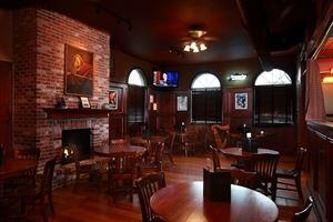 Llywelyn's Pub Winghaven
