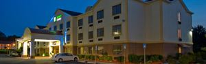 Holiday Inn Express & Suites Acworth