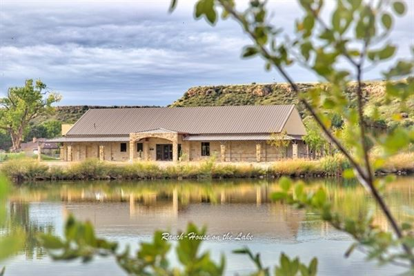 Ranch House on the Lake, Ransom Canyon