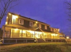 Auberge Agnes Horth Inn