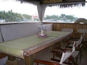 Upper Deck Smaller Section