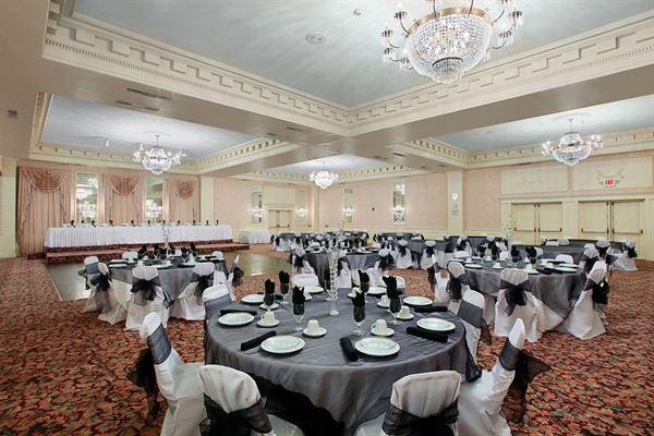 Wedding Reception Venues In Burlington IA