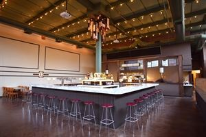 Syndicated - Bar + Theater + Kitchen