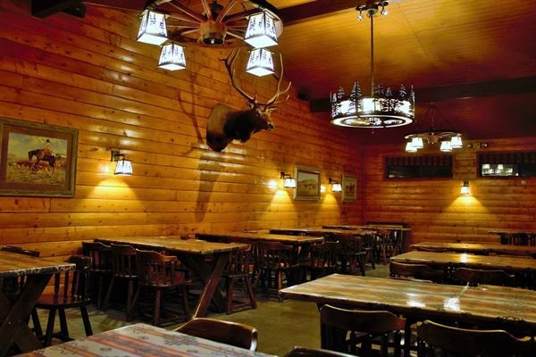 The Horsemen Lodge Steakhouse