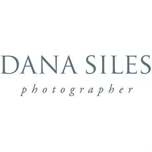 Dana Siles Photographer