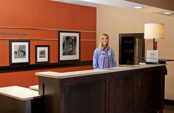 Hampton Inn & Suites Fargo