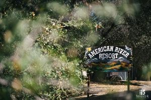 American River Resort
