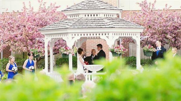 Hilton Garden Inn St. Charles - Saint Charles, IL - Wedding Venue
