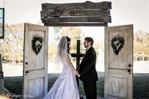 McBrayer Ranch Rustic Barnyard Weddings