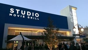 Studio Movie Grill - Dallas Royal