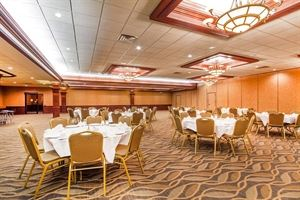 Comfort Suites / Rock Garden Banquet & Conference Center