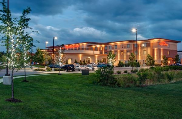 Party Venues In Menomonee Falls, WI - 141 Venues