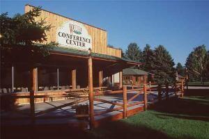 El Western Conference Center