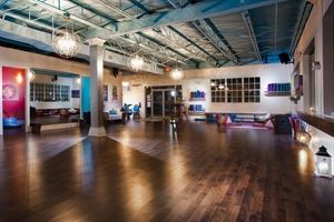 Stunning Large Warehouse\ Studio Plus Outdoor Space In Little Haiti\little River Miami