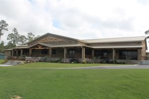 Hawk's Point Golf CLub