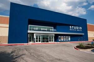 Studio Movie Grill - The Colony