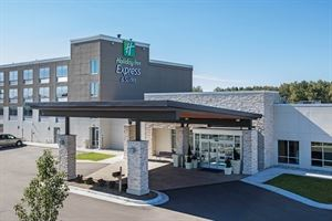 Graystone Event Center and the affiliated Holiday Inn Express & Suites Ludington
