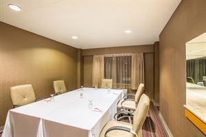Sunstone Room