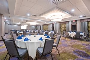 Holiday Inn Harrisburg East