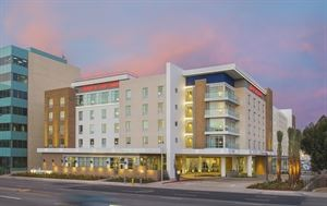 Hampton Inn & Suites LAX/El Segundo