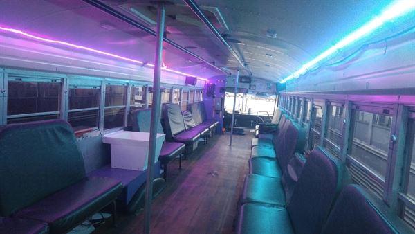 QC Limo Bus