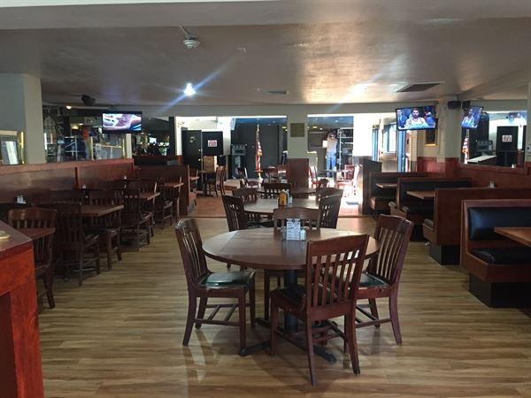 Silverbacks Bar and Grill