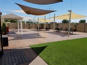 Outdoor Patio, seats 250 guests