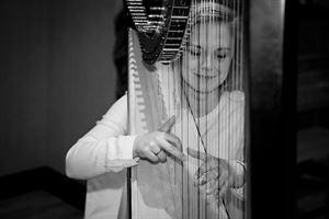 Harp with Aumanae