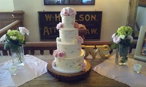 Michele's Corner Custom Wedding Cakes