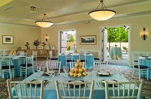 Blue Oak Room & Patio