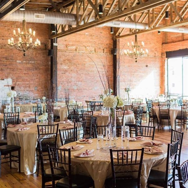 Cross And Main Youngsville Nc Wedding Venue