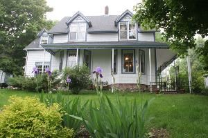 Heritage Hideaway Bed and Breakfast