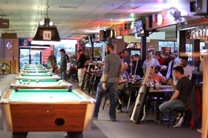 8 Ball Sports Bar & Billiards