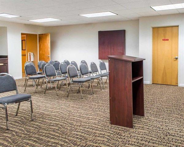 Comfort Suites - Waldorf, MD