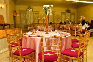 DAILY EVENTS RENTALS AND DECOR