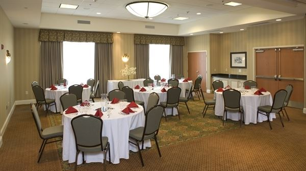 Hilton Garden Inn Solomons Dowell Md Wedding Venue