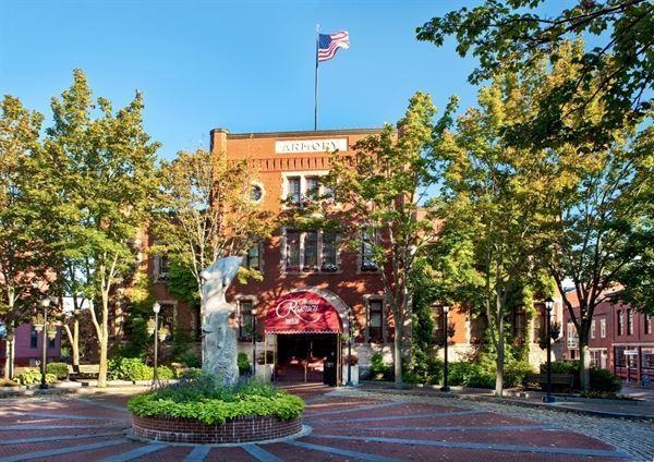 Portland Regency Hotel