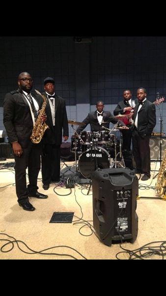 D. Saunders Music