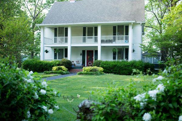 Roanoke Farm Weddings and Events