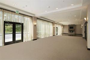 Grand Solarium Ballroom