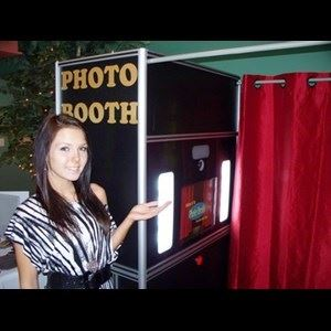 MALIBU PHOTO BOOTH RENTAL CA