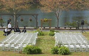 Gardens Restaurant Lawn