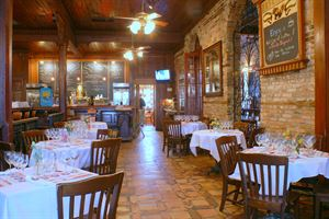 Apple Annie's & Cafe