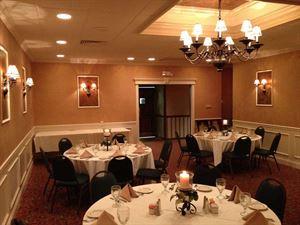 J W Hall's Steak And Seafood Inn