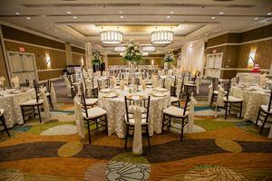 Wedding venues in river walk san antonio tx 206 venues pricing holiday inn san antonio riverwalk junglespirit Images