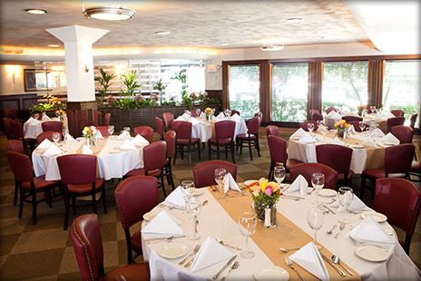 dallas restaurants with private dining rooms | Pappadeaux Seafood Kitchen Dallas on Oaklawn - Dallas, TX ...