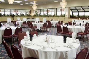 Plaza Hotel & Suites
