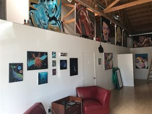 THE URBAN Fine Art Gallery
