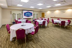 Hampton Inn & Suites Augusta West